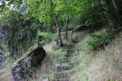 Wandern auf dem Klippenpfad in Burghasungen